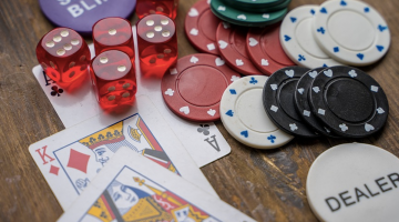 blog post - Why Millenials Should Try Playing Online Poker