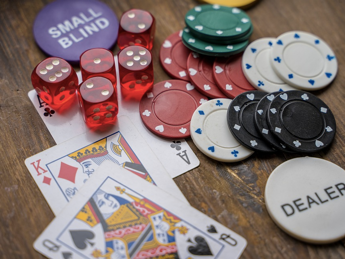 Why Millennials Should Try Playing Online Poker - unikat-gaming.de